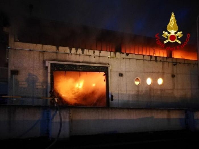 roma-incendio-tmb-salaria-cause